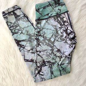 With Marble Work Out Pants Size Small